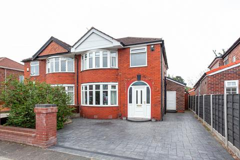 4 bedroom semi-detached house for sale - Norwich Road, Stretford, Manchester, M32