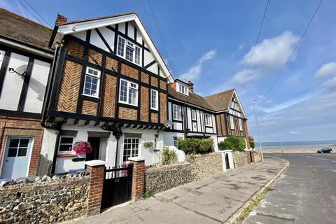 4 bedroom terraced house for sale - 33 Domneva Road Westgate On Sea Kent