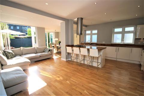 4 bedroom house for sale - Westpole Avenue, Cockfosters, Barnet