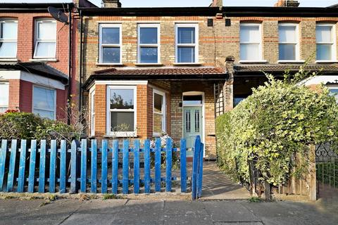 3 bedroom terraced house for sale - Saxon Road, London, N22