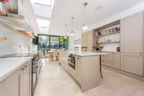 4 bedroom house for sale - Hydethorpe Road, Balham