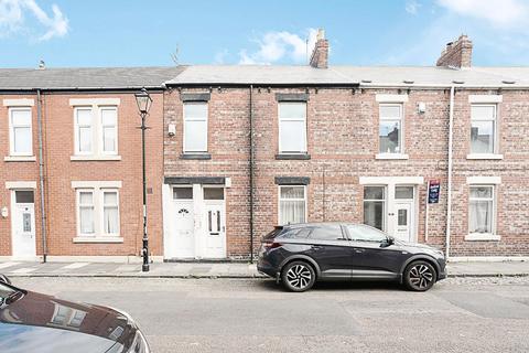 3 bedroom flat for sale - Percy Street, Jarrow