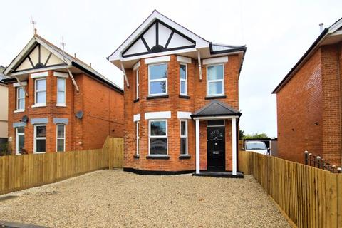 3 bedroom detached house for sale - Castlemain Avenue, Southbourne, Bournemouth