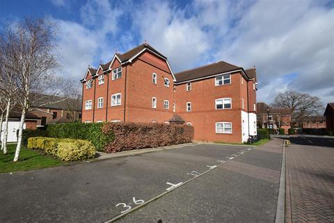 1 bedroom flat to rent - Regents Mews, Horley