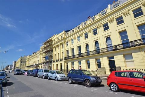 2 bedroom flat for sale - Brunswick Terrace, HOVE