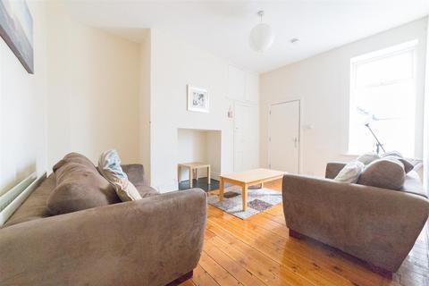 3 bedroom maisonette to rent - £65pppw - Simonside Terrace, Heaton , Newcastle Upon Tyne