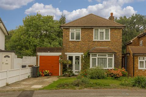 3 bedroom detached house for sale - The Crossways, Merstham, Redhill