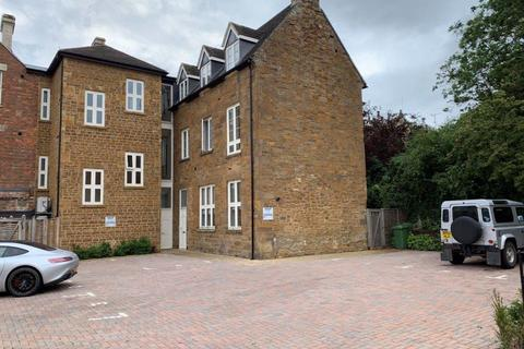 2 bedroom apartment to rent - Apt 2 1 Orange Street, Uppingham LE15 9SQ
