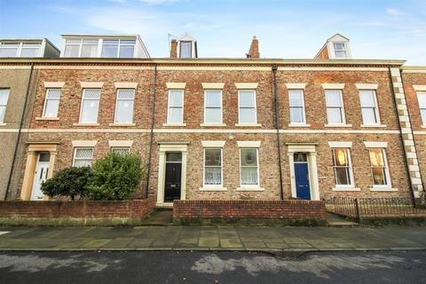 2 bedroom flat - Prudhoe Terrace, Tynemouth