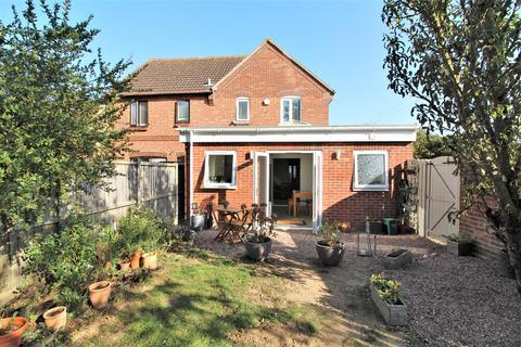 4 bedroom semi-detached house for sale - The Larneys, Kirby Cross, Frinton-On-Sea