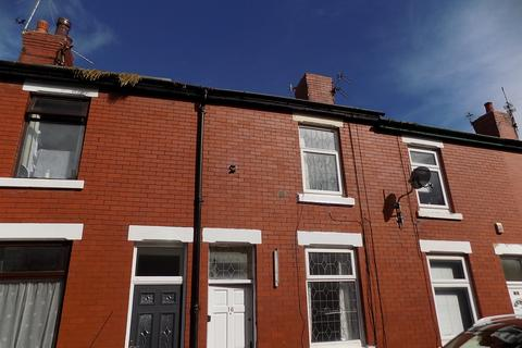 2 bedroom terraced house to rent - Whittaker Avenuue, Blackpool FY3