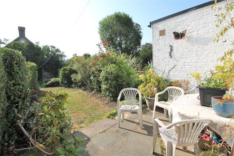 3 bedroom terraced house for sale - Heather Road, London, SE12