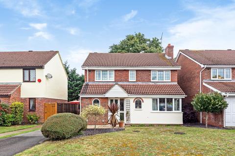 4 bedroom detached house for sale - Turnstone Close, Winnersh, RG41