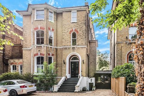2 bedroom flat for sale - Kidbrooke Park Road, Kidbrooke