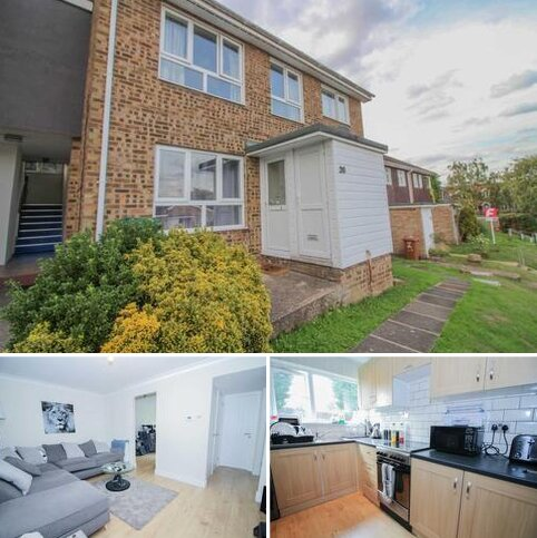 2 bedroom flat to rent - Gibbs Couch, Carpenders Park
