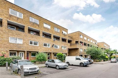 2 bedroom flat to rent - Turenne Close, London, SW11