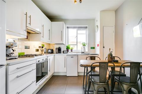 2 bedroom flat for sale - Fairfield Drive, Wandsworth, London