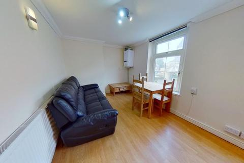 3 bedroom flat to rent - F4 88, Woodville Road, Cathays, Cardiff, South Wales, CF24 4ED