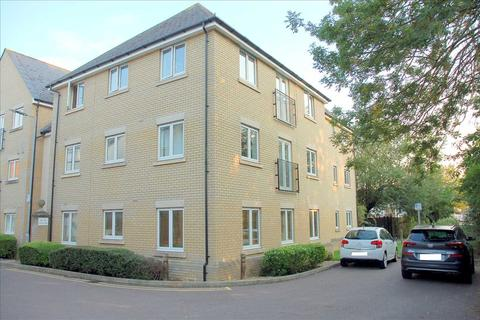 2 bedroom flat - Goodier Road, Chelmsford