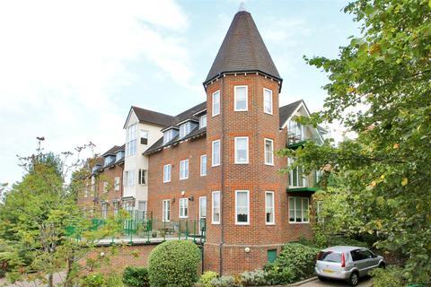 2 bedroom apartment for sale - St Nicholas Court, Lime Tree Walk, Sevenoaks, Kent, TN13