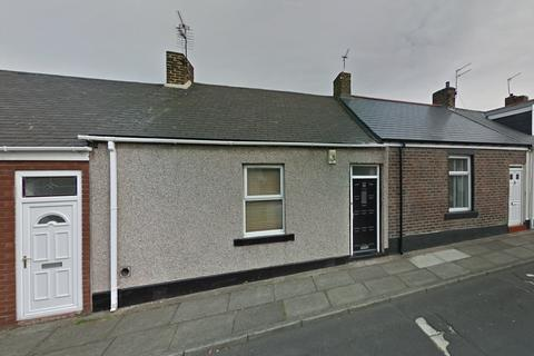 2 bedroom bungalow for sale - Milburn Street, Sunderland, Tyne and Wear, SR4
