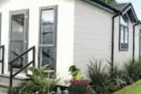 2 bedroom park home for sale - Residential Park Home for sale, Kings Park Village