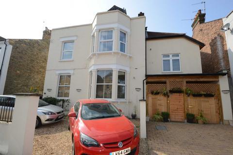 2 bedroom flat for sale - Parkhurst Road, London
