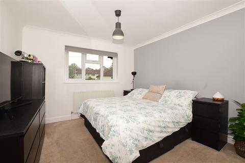 2 bedroom maisonette for sale - Cheviot Close, Banstead, Surrey