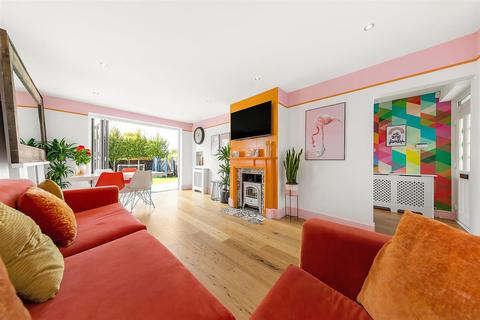 3 bedroom terraced house for sale - Thornton Road, SW12