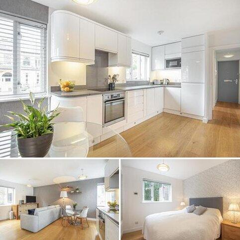 2 bedroom flat for sale - Hillbury Road, Balham