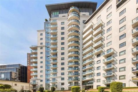 2 bedroom flat to rent - City Tower, 3 Limeharbour, London E14