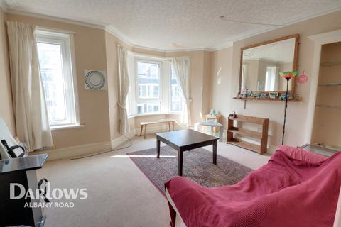 3 bedroom flat for sale - Claude Road, CARDIFF