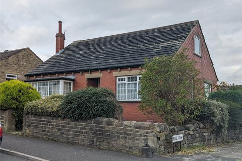 3 bedroom bungalow for sale - Ryefield Road, Golcar, Huddersfield, West Yorkshire, HD7