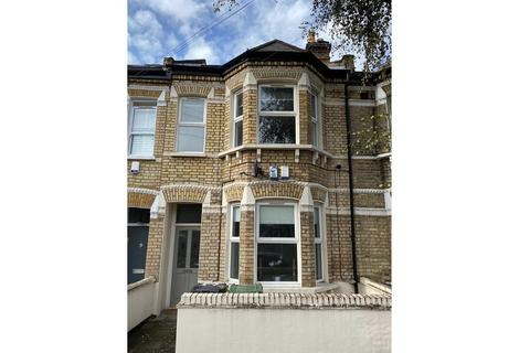 2 bedroom flat for sale - Nealden Street, Clapham