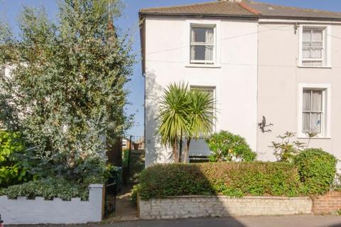 4 bedroom semi-detached house for sale - Trinity Road, N2