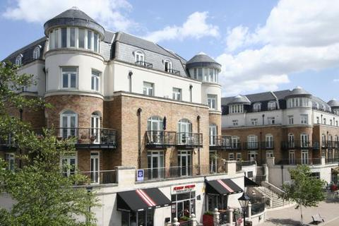 1 bedroom apartment to rent - Thames Edge Court, Clarence Street, Staines-upon-Thames, Surrey, TW18