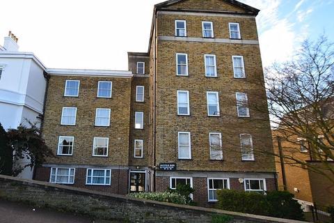 2 bedroom apartment to rent - Eliot Place, Blackheath