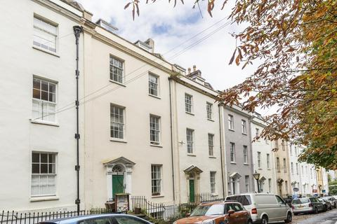 3 bedroom flat to rent - Bellevue, Cliftonwood, BS8