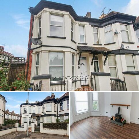 3 bedroom end of terrace house to rent - Maldon Road, Southend On Sea