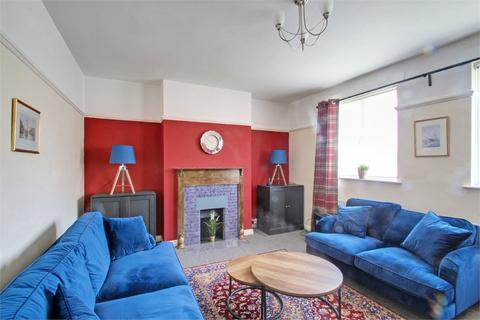 2 bedroom flat to rent - Wellesley Avenue, Richings Park, Buckinghamshire