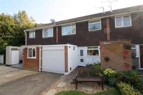 3 bedroom terraced house for sale - April Close, FELTHAM, Middlesex