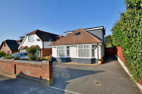 4 bedroom detached bungalow for sale - Broadhurst Avenue, Bournemouth, Dorset BH10 6JW