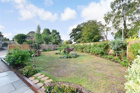 3 bedroom detached bungalow for sale - Park Avenue, Broadstairs, Kent