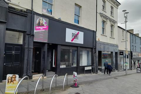 Retail property (high street) to rent - Lock Up Shop, 38 Caroline Street, Bridgend, CF31 1DQ
