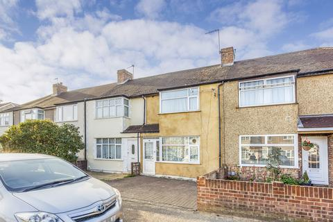 3 bedroom terraced house for sale - Ravensbourne Avenue   Staines-Upon-Thames