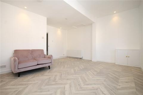 2 bedroom apartment to rent - Rostella Road, London, SW17