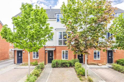 4 bedroom townhouse to rent - St. Agnes Way, Reading, Berkshire, RG2