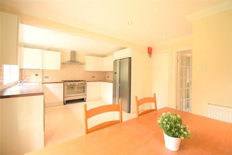 4 bedroom detached house to rent - Hawkesbury Drive, Calcot, Reading, Berkshire, RG31