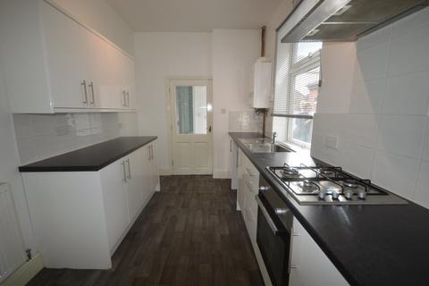 3 bedroom terraced house to rent - Elgreave Street, Burslem