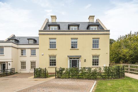 5 bedroom detached house for sale - Austin Drive, Winchester Village